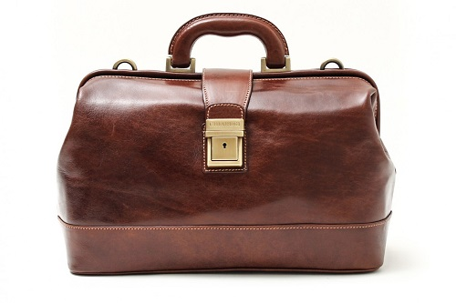 Doctors Medical Leather Bag in Chestnut - Tuscany